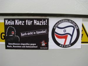 Antifa stickers in Berlin | Stickerkitty